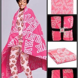 Pink VS soft fleece blanket neon pink NWT